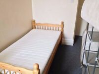 Henleaze Road - Single Room to Rent