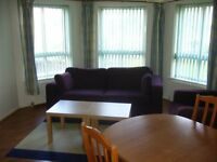 2 bedroom fully furnished ground floor flat to rent on McDonald Road, Leith, Edinburgh