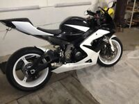 2006 SUZUKI GSXR 1000 with low miles