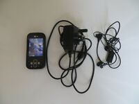 A NICE CLASSIC A NICE RARE LG KS 360 MOBILE PHONE WITH CHARGER , MINT