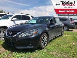 2016 Nissan Altima 2.5 SL Tech NO Accidents, Local, ONE Owner!