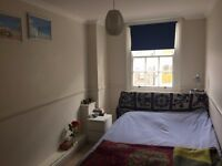 Nice Quite Room / Double Bed / Oval-Stockwell