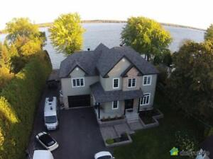 950 000$ - Maison 2 étages à vendre à Carignan
