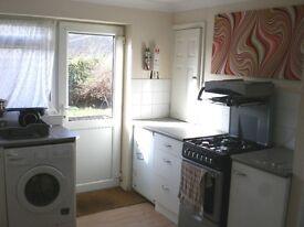 CHEAP LIVING - shared house Huntingdon