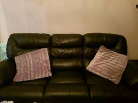 Real leather 2 + 3 seater electric recliner sofas