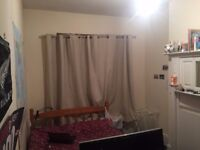 Room in Colliers Wood, £375 per month!