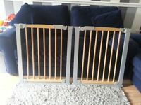 Pair of baby gates great condition