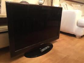 "SAMSUNG 40"" Series 6 Full HD 1080p LCD TV with Integrated Digital Tuner"