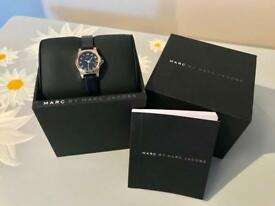 Marc Jacobs Black & Gold Ladies Watch