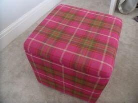 Patterned stool with storage
