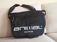 MENS ANIMAL MESSENGER BAG