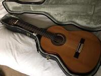 Classical Guitar + Hard Case