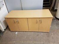 1630x630x700mm 4 door cupboard in oak in good condition only £110.00