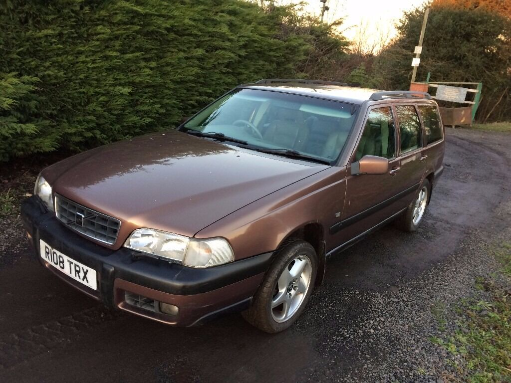 1998 volvo xc70 cross country 2 4t petrol awd good. Black Bedroom Furniture Sets. Home Design Ideas
