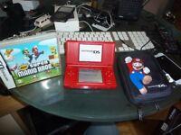 Nintendo ds Red with super Mario Bros & Mario Case