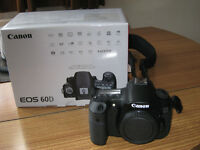 Canon eos 60D dslr camera body in mint condition