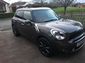 Mini Countryman Cooper S ALL4 with Chilli Pack