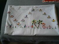 "Linen Hand Embroidered Floral Decorated Table Cloth 4ft 6"" x 7ft plus 11 Napkins"
