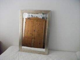 LARGE MIRROR IN VERY GOOD CONDITION WORTH A L@@K