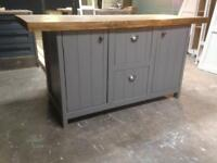 Kitchen island breakfast bar centre piece