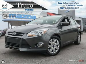 2012 Ford Focus ONLY 43K! AUTO! A/C! NEW TIRES! NEW BRAKES! ONLY