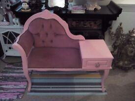 Gorgeous pink shabby chicphone table 😁😁😁😁