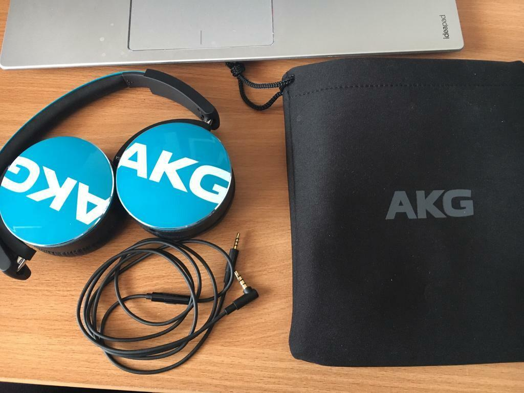 AKH Y50 headphones