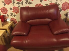 BEAUTIFUL RED LEATHER SUITE