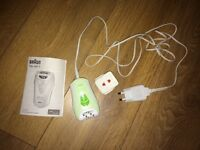 Braun Silk Epil 3 epilator for hair removal - excellent used condition