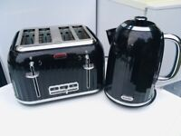 **BREVILLE BLACK KETTLE AND TOASTER**GOOD CONDITION**COLLECTION**NO OFFERS**