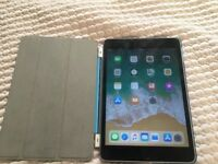 iPad mini 4 Black 16GB WiFi in VERY GOOD CONDITION