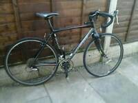 SPECIAIZED TRI CROSS SPORT, ,,ROAD BIKE, 700 ALEXRIMS, GOOD TYRES,