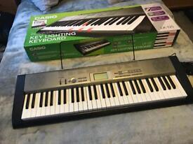 Quick Sale Casio keyboard LK125