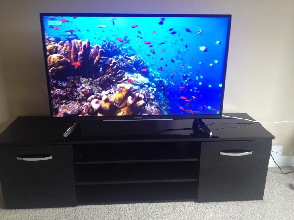 43inch Hitachi LED UHD 4K smart tv