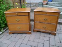 Stag Minstrel Richmond bedside chests- Cherrywood-PAIR