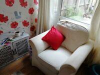 Sofa and 2 x chairs