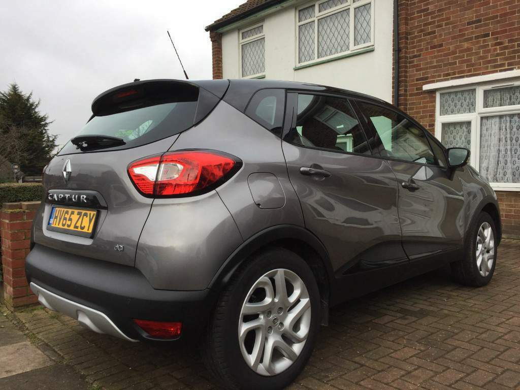 2015 renault captur dynamique nav dci grey black reg 65 5061mil ask new barging in greenford. Black Bedroom Furniture Sets. Home Design Ideas