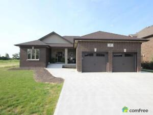 $495,000 - Bungalow for sale in Amherstburg