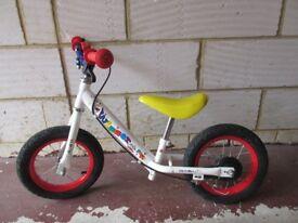 Apollo Whizzer Balance Bike