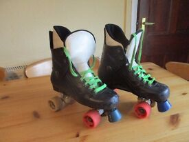 Bauer turbo roller skates sock size 10 boot size 11/12