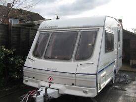 swift lift style 2 berth caravan with motor mover in excellent condition