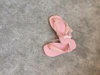 Pink Havaianas flip flops size Eur 27/28