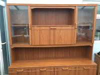 Standing wall unit