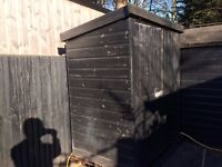 shed 5' x 3' excellent condition