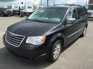 2009 Chrysler Town & Country Touring STOW N GO