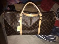 Large lv holdal bag new condition