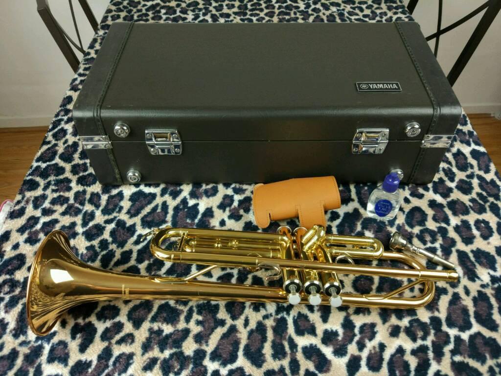 Trumpet yamaha trumpet ytr 4335 g
