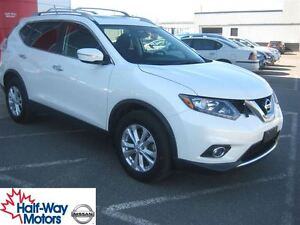2015 Nissan Rogue SV | Well-Equipped!