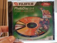 11 New Blank CDs for copying music / pictures (2 are RW)