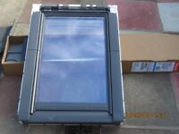 VELUX white poly 55x78, c/p 70 pane this is brand new never been used also single flashing 55x78